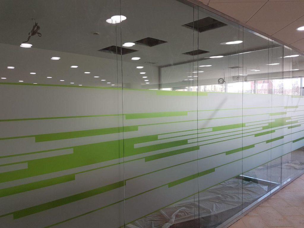 Декоративное тонирование стекол
