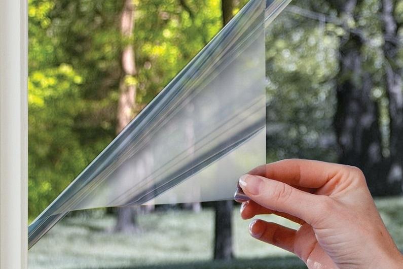 Солнцезащитные пленки для окон и стеклопокетов. В современном строительстве стекло находит все большее применение. А использование солнцезащитных